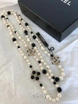 Brand New Authentic CHANEL Long Pearl Crystal CC Gold Necklace