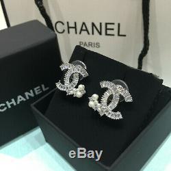 NIB CHANEL Crystal CC Logo Stud pierced Pearl Earrings